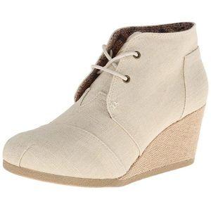 New Skechers Wedge Chuka Style Canvas Boots